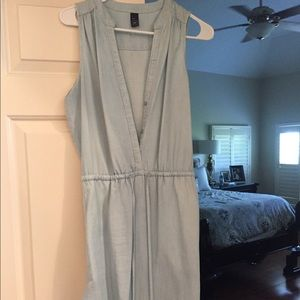 Gap chambray sleeveless dress